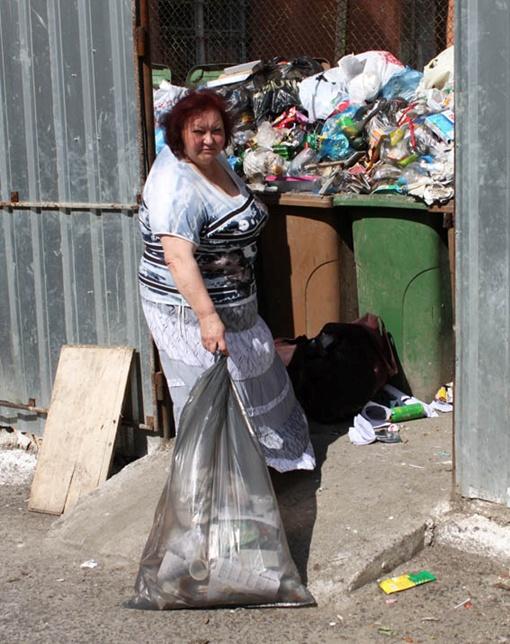 Если крестьяне выполнят свое обещание перекрыть дорогу на свалку, - Львов опять утонет в мусоре. Фото Мирославы БЗИКАДЗЕ.