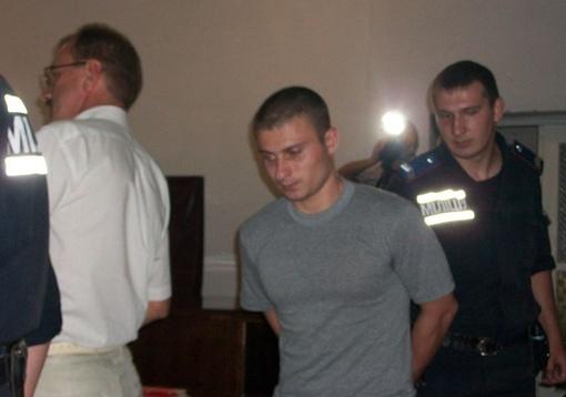 Обвиняемый уверяет: Александру убивать не хотел, просто побил, чтобы не мешала. Автор фото Артем Панасюк.