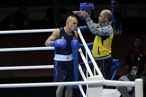 Подготовка казака Дениса к бою. Фото НОК Украины