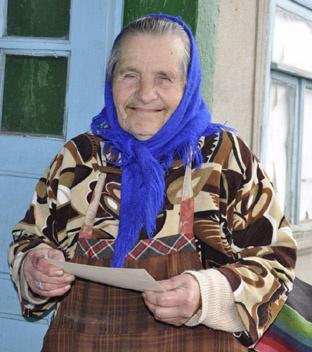 Клавдии Сергеевне о дереве рассказал отец. Фото автора.