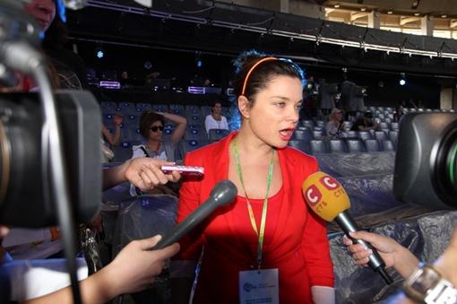 Наташа Королева пообещала перевоплотиться на сцене в Анжелину Джоли.