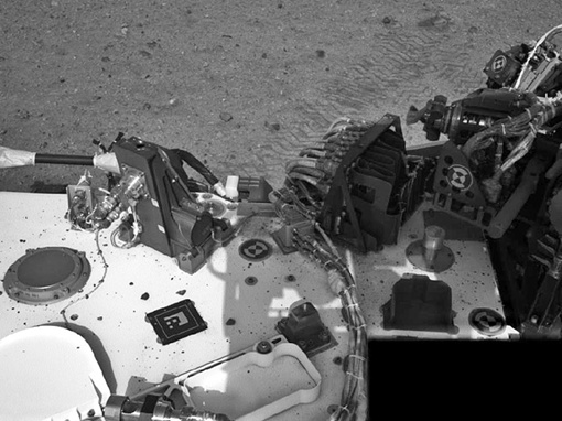 Оно очень радиоактивно, дает большое количество тепла. Фото НАСА