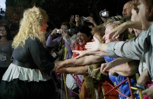 Аллу Борисовну с восторгом встретила публика. Фото Павла ДАЦКОВСКОГО
