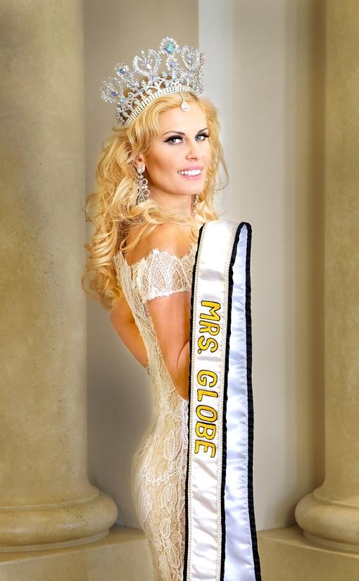 Украинка обошла тридцать сильных конкуренток на международном конкурсе красоты. Фото из личного архива Анны Щаповой.
