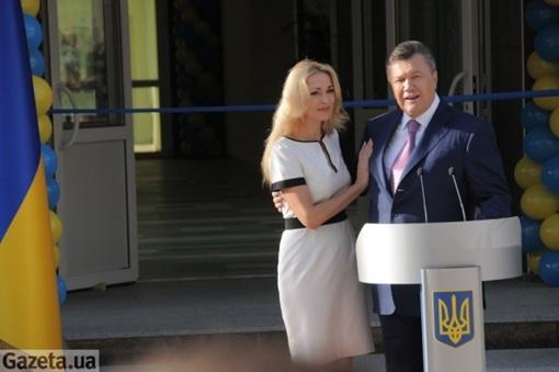 Народная артистка Украины Ольга Сумская поблагодарила Януковича его за помощь.