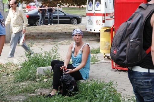 Жители дома растеряны. Фото: Романа ШУПЕНКО.