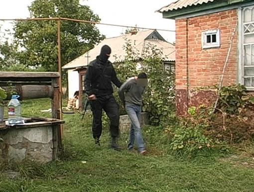 Задержание преступников. Фото ЦОС ГУ МВД в Полтавской области
