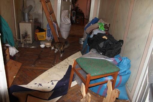 После обыска в доме все вверх дном. Фото автора