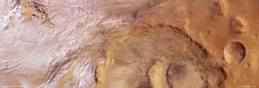 138-километровый кратер Хука (Hook Crater) был назван в честь британского физика и астронома Роберта Хука. Фото ESA