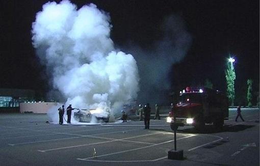 Авто загорелось приблизительно в три часа ночи Фото: magnolia-tv.com