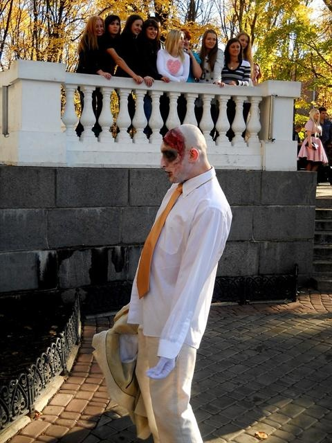 Гости также преобразились в зомби. Фото со страницы Алечки Пилипенко