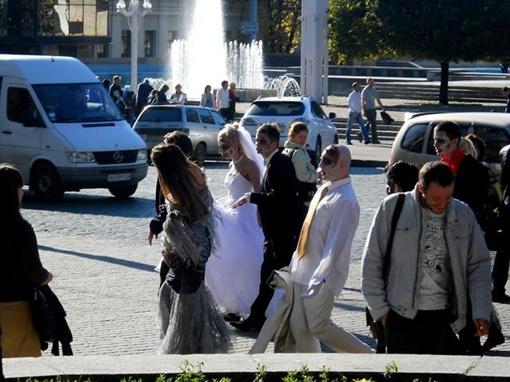 Свадьба очень удивила харьковчан. Фото со страницы Алечки Пилипенко