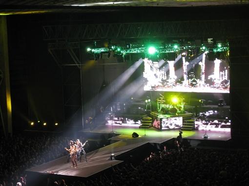 В конце шоу гитаристы показали мастер-класс. Фото автора