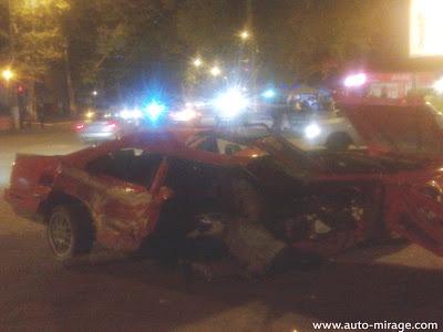Авария произошла ночью. Фото: Дмитрия Мирошниченко с сайта auto-mirage.com.