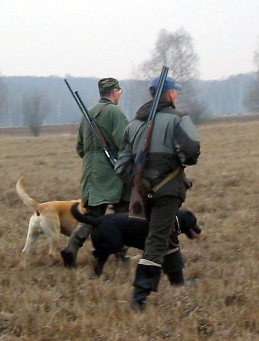 Охотники уверены, что трагедия произошла из-за нарушения техники безопасности.