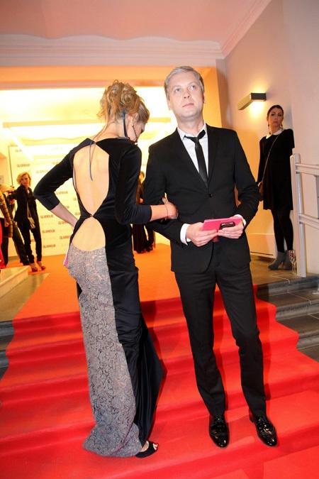 Певица одела шикарное платье с вырезом. Фото: eg.ru