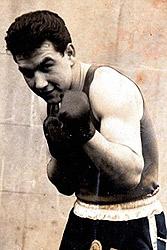Фрэнк Корти в молодости был отличным боксером. Фото: Daily Mail.