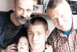 Клан КРАСКО: Андрей с сыновьями Иваном и Кириллом и его отец Иван Иванович.