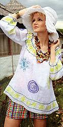 Наталья - младшая сестра Оксаны.