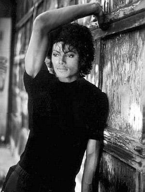 Думал ли Майкл, что самое его крутое шоу начнется после смерти?