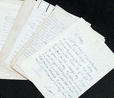 За каждое любовное письмо звезды экс-бойфренд намерен выручить 3 - 4 тысячи долларов.