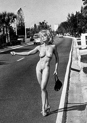 Певица встречалась с Джимом в 1992 - 1993 годах. Как раз в это время вышел ее скандальный эротический фотоальбом Sex.