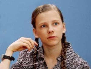 14.07.2010 12:36 Ограблена квартира 15-летней актрисы Лизы Арзамасовой, которая известна как телезрителям...