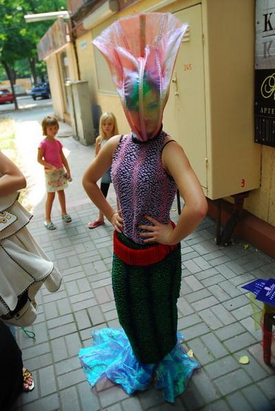 На эксклюзивный костюм Ольги Плюты ушло три килограмма бисера. Фото Ирины Макушинской.