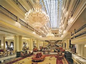 По мнению экспертов, при таких избыточных вложениях «Мардан» окупится лишь через 200 лет (в то время как обычный отель «пять звезд» приносит прибыль уже через 6 - 7 лет).