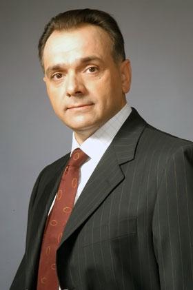 Советник мэра по вопросам озеленения и благоустройства Игорь Добруцкий: - Наш город обязан быть зеленым и цветущим!