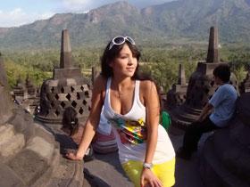 На острове Бали Алина много путешествовала.