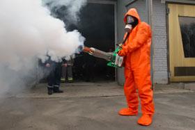 В Киеве работает специальный отряд МЧС, который занимается химической безопасностью города. Но если беда произойдет, с последствиями ему вряд ли справиться.