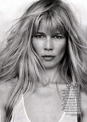 Несравненная Клаудия Шиффер. Фото: фото журнала Harper's Bazaar US.