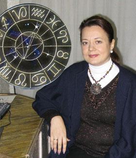 Киевский астролог Елена Осипенко советует украинцам не планировать на ближайшую зиму серьезных дел.
