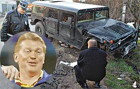 Джип Олега Владимировича остался без колеса.