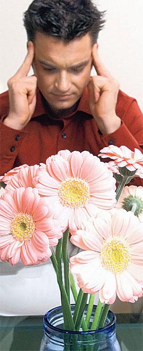 - Таня любит цветы, Оля любит цветы... А я их - ненавижу!
