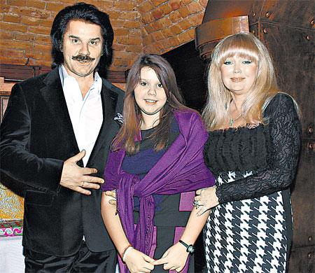 Павел и Марина Зибровы гордятся лидерскими качествами дочки Дианы. Фото предоставлено пресс-службой артиста.
