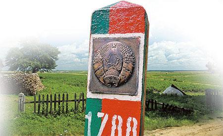 Стоит пересечь границу Беларуси, как попадаешь словно в советское прошлое.