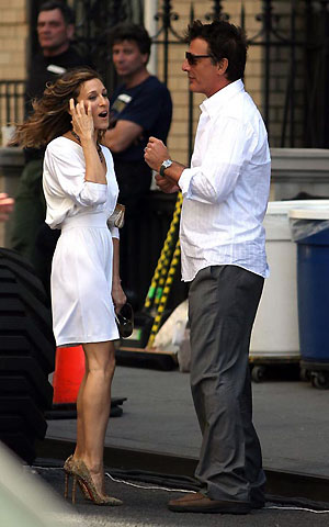 В первый съемочный день на площадке появился и экранный возлюбленный Сары Джессики Паркер - Мужчина ее мечты. Фото: celebrity-gossip.net.