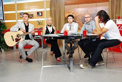 Сергей Притула (крайний справа): «Опять полная студия мужиков, хорошо хоть Фреймут не мальчик… »