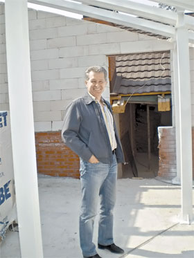 Экс-министр здравоохранения Юрий Спиженко без предвыборных программ сделал то, что давно обещало государство.