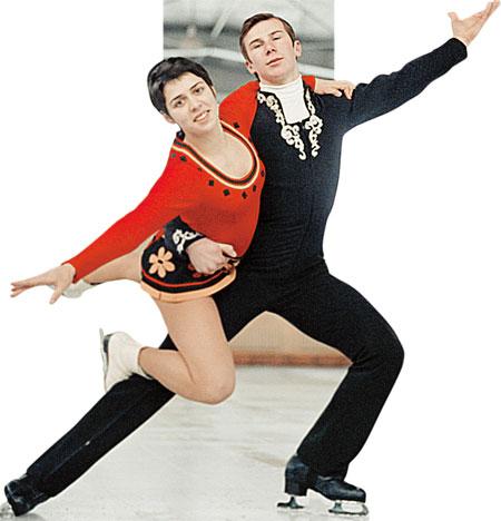 Роднина и Зайцев завоевали титул чемпионов мира в парном фигурном катании.