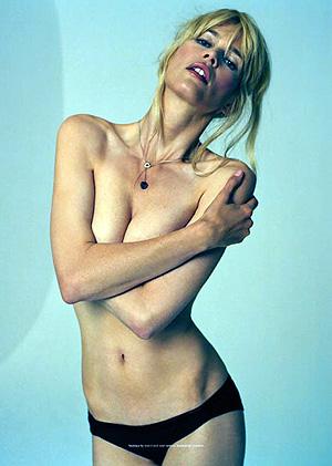 Издатели утверждают, что опубликовали естественные снимки Клаудии, без обработки фотошопом. Фото: Tank.