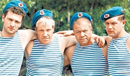Бравая четверка «братанов» доказала, что десантники бывшими не бывают.