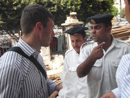 Егор Махин (на снимке слева) готов был сражаться за свою девушку до последнего...