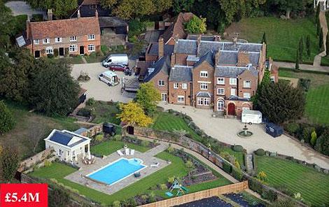 Вот оно, поместье за 8 миллионов долларов. Фото: http://www.dailymail.co.uk.