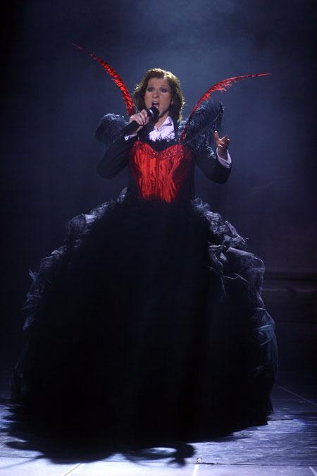 В мюзикле «Призрак оперы» Артем спел и сыграл за двоих.