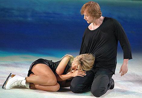 В шоу «Ледниковый период» Вера Брежнева танцевала с Вазгеном Азрояном.