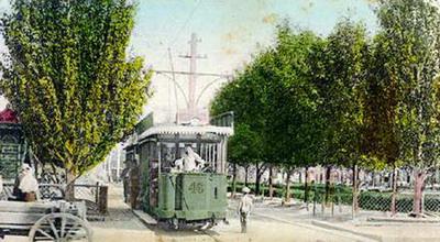 Этот милый трамвайчик начал трудовой путь еще сто лет назад...