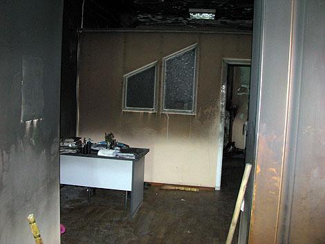 Вот так выглядит комната университетской медсестры после пожара.
